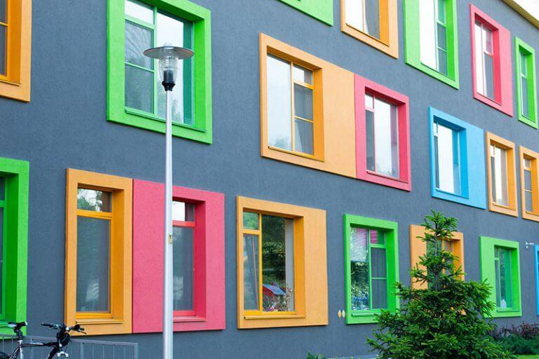 رنگ جالب و خلاقانه محیط بیرونی ساختمان روغنی رنگ آلکاییدی