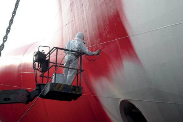 رنگ کردن کشتی دریایی